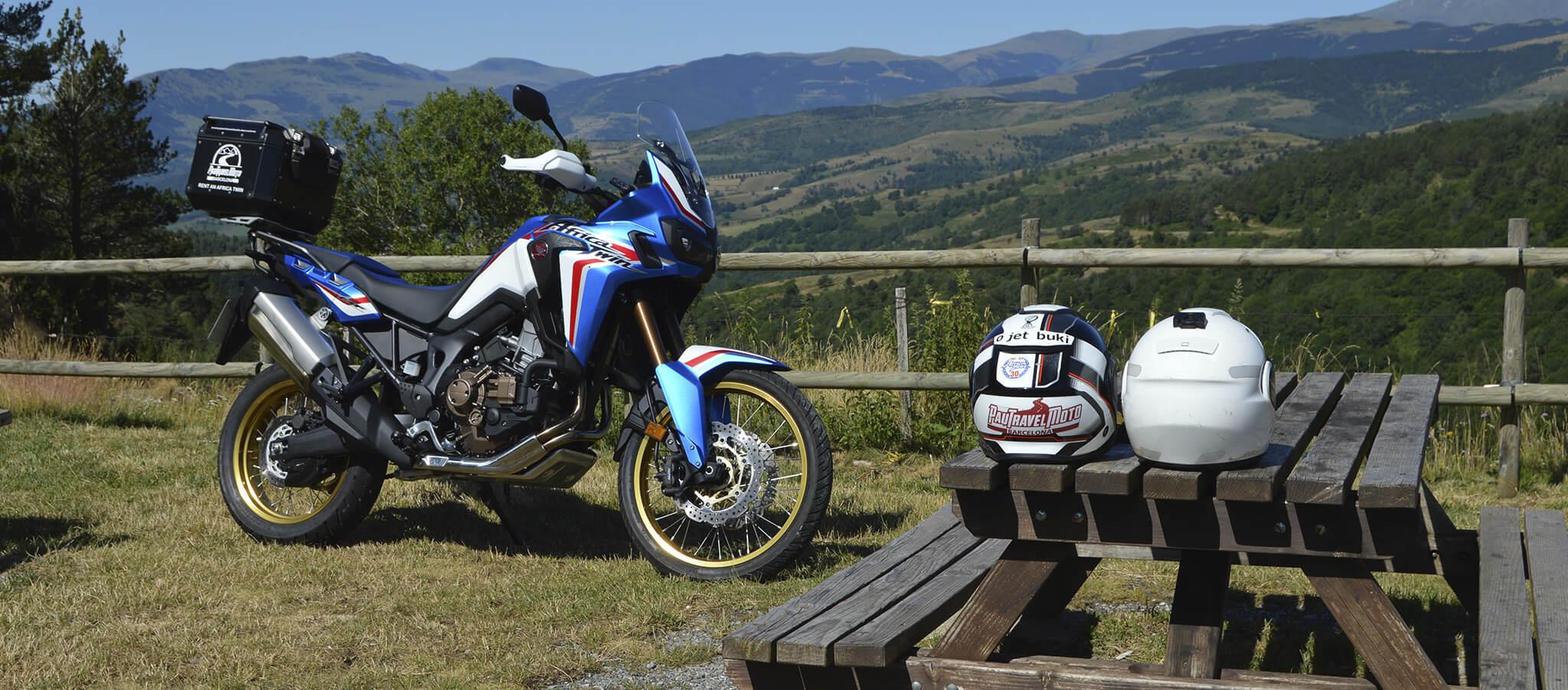 Viaje en moto con la Honda Africa Twin por España