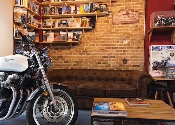 Biblioteca libros de motos