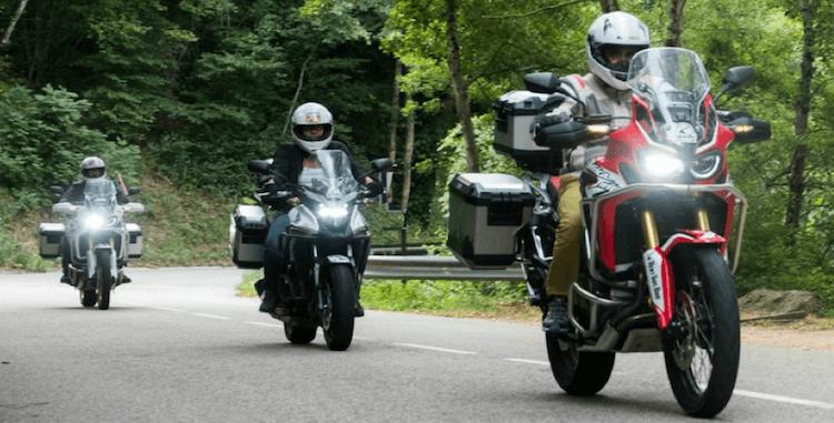 Mostrar los modelos de motos de alquiler de PauTravelmoto