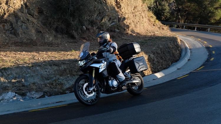 Alquilar moto BMW F850 GS Barcelona