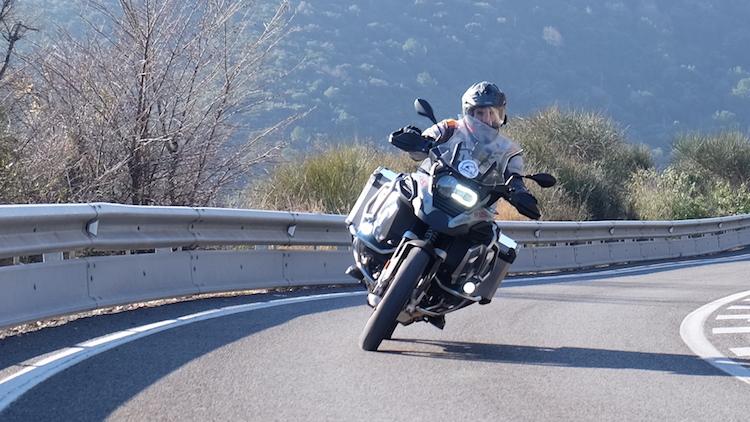 Alquilar moto BMW R1250 GS Adventure Barcelona