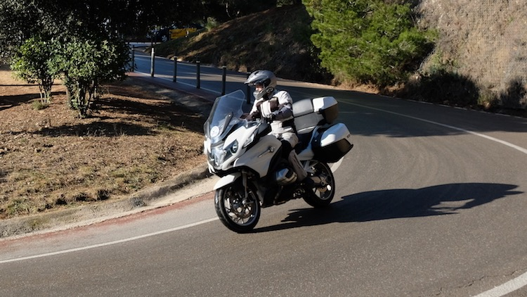 Alquilar moto BMW R1250 RT Barcelona
